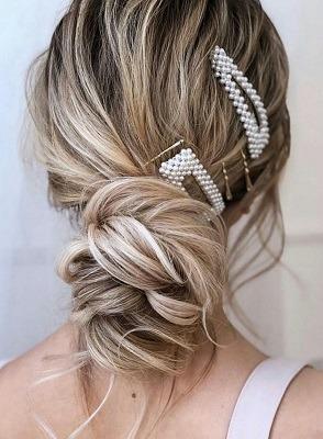 peinados con broches en el pelo